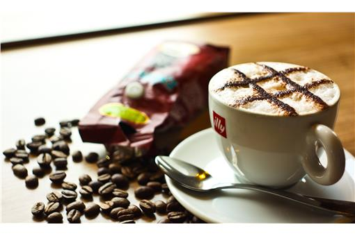 等咖啡还是等一个人 台湾人最喜欢在咖啡店做的事有