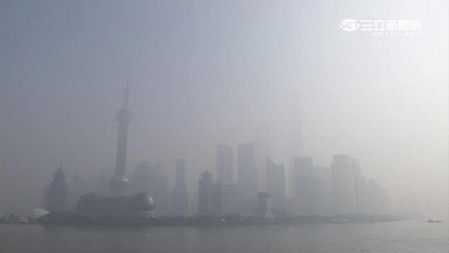 霧霾鎖北京0600.