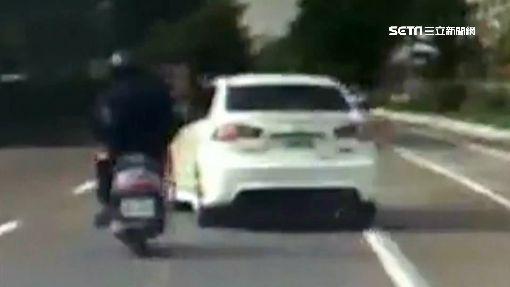 毒犯拒盤查騎車逃 民眾開車勇擋助逮人