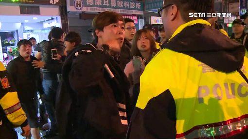 """酒客KTV前亂鬥 見""""快打部隊""""出言罵還傷警"""