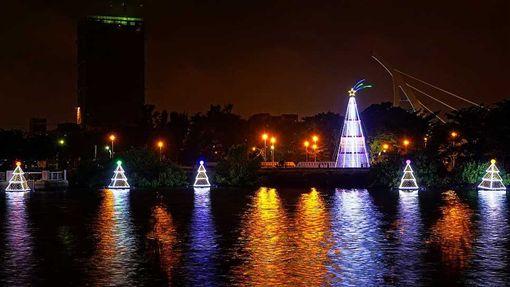 2016台南銀河聖誕燈節。(圖/翻攝自樂活台南網頁)