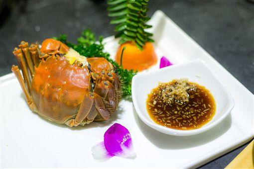 「鱻饗宴台菜海鮮」,三蟹合一(圖/廠商提供)