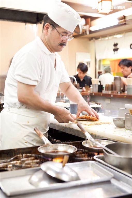 日本神戶吉兵衛豬排蓋飯。(圖/公關照)