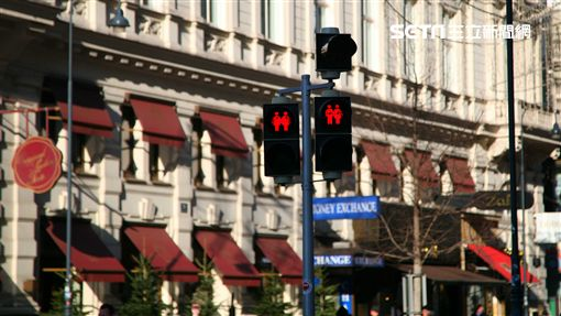 奧地利維也納紅綠燈,同志友善,交通號誌。(圖/記者簡佑庭攝)