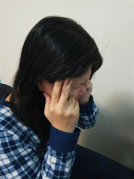 頭痛。(圖/波小姐提供)