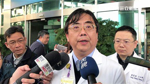 北醫急重症副院長黃聰仁表示,目前僅連男傷勢較重、黃女為胸腔鈍挫傷,許女則為多處骨折,傷勢較輕(楊忠翰攝)