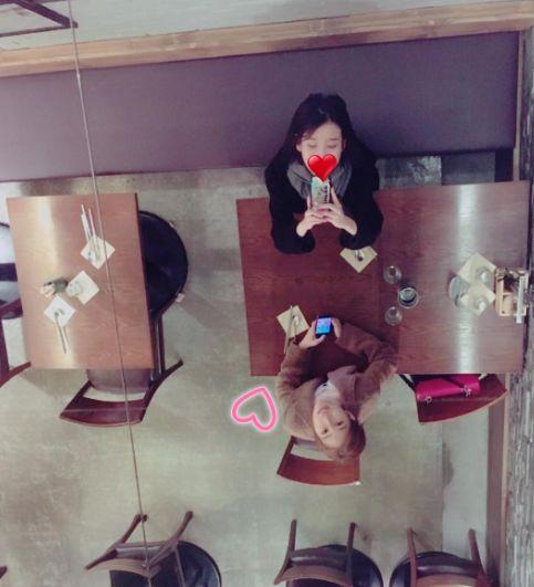 圖翻攝自韓網 IU 劉仁娜