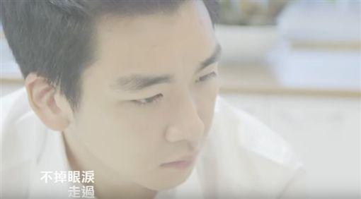 圖/翻攝自黃荻鈞臉書、海蝶音樂/太合音樂YouTube