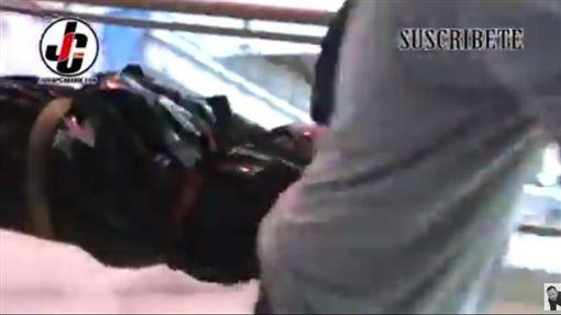 多明尼加,廣播記者,槍擊(圖/翻攝自YouTube)