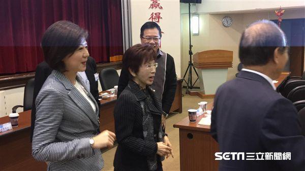 洪秀柱,立法實務討論/陳彥宇攝