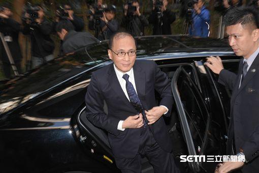 行政院長林全17日赴立法院進行施政報告 圖/記者林敬旻攝