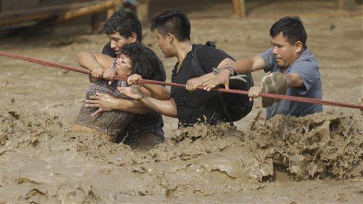 洪患、山崩接連侵襲 秘魯今年已釀72死(圖/美聯社/達志影像)