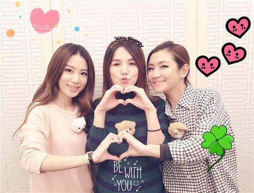 S.H.E,姐妹情圖/翻攝自Selina臉書