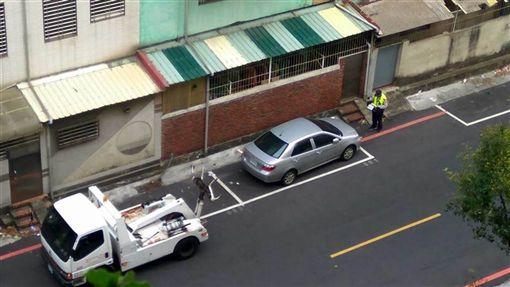停車被拖吊 翻攝《爆廢公社》