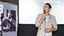 莊凱勛出席微電影《寫真咖啡館》首映會,適逢生日歡喜慶生--鄭先生
