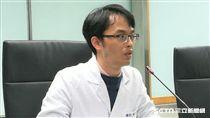 台北市聯合醫院陽明院區小兒科主治醫師黃正憲。(圖/記者楊晴雯攝)
