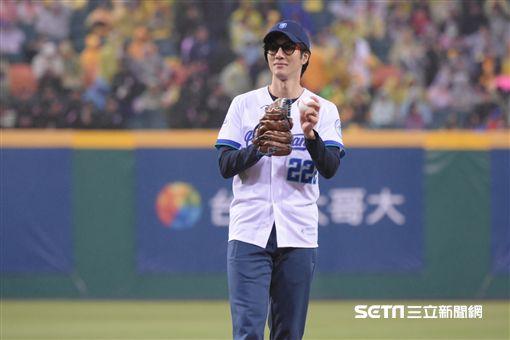 王力宏擔任中華職棒開幕戰開球嘉賓 圖/記者林敬旻攝