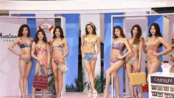 袁艾菲出席巴西泳裝秀擔任走秀嘉賓演繹夏日比基尼風情 圖/鄭先生