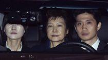 ▲南韓前總統朴槿惠遭收押。(圖/美聯社/達志影像)
