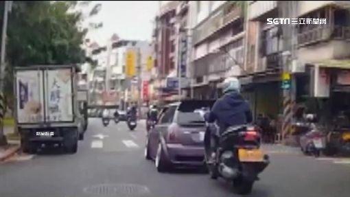 重機緊貼車3公里 駕駛控:想製造假車禍