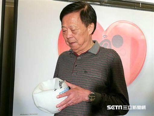 罹患「疲球心」的武先生,在經過適當治療後,心臟功能從原本正常人的1/3,進步到75%。(圖/記者楊晴雯攝)