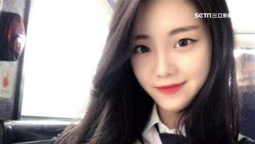 """韓最美空姐""""停飛"""" 當直播主月入百萬"""