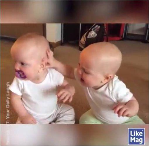 BABY,嬰兒,小寶寶,奶嘴,影片 圖/翻攝自臉書