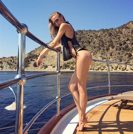 俄羅斯小姐絲維特蘭娜(Khokhlova Svetlana)https://www.instagram.com/svetlanakhokhlova/