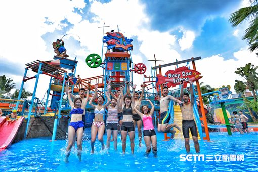 劍湖山水樂園,玩水,水上活動,人造海浪。(圖/劍湖山提供) ID-901694