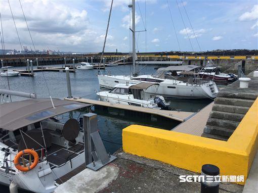 淡二漁港遊艇專用碼頭17日啟用。新北市長朱立倫出席啟用典禮 盧冠妃攝
