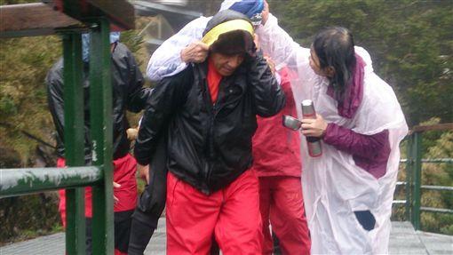 攻頂、登山、爬山、救援 77歲馬來西亞華僑命喪玉山(圖/玉管處提供)