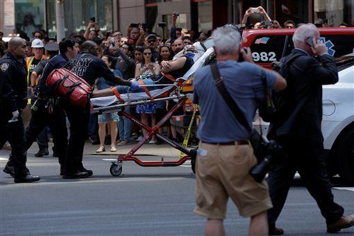 美國,紐約,時代廣場,車禍,恐怖攻擊,人行道,衝撞,傷亡,意外