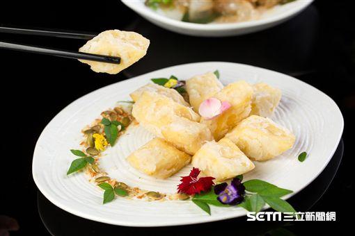 富豪食堂,福臨門,經典粵菜,烤乳豬。(圖/台北文華東方酒店提供)