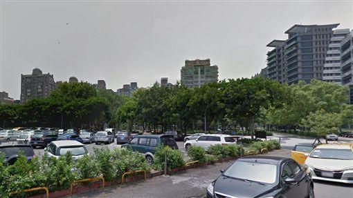 台北市規劃中山區培英基地興建公共住宅,大直居民組自救會反對(圖/翻攝自Google街景)