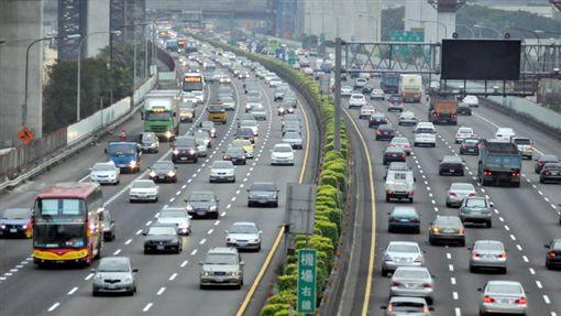 國道,高公局,端午,連假,塞車,車流,交通,收費,高乘載