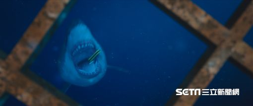 電影深海鯊機劇照/威視提供