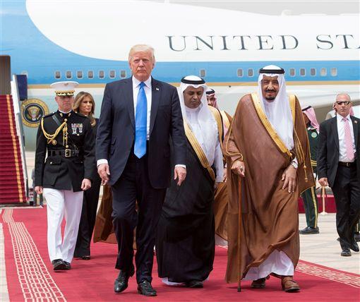 川普出訪 抵首站沙烏地阿拉伯_路透社/達志影像