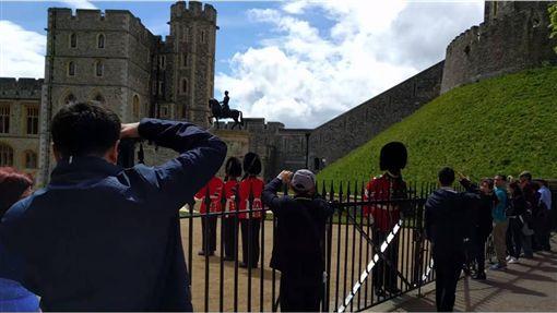 英國,皇室,禁衛軍,合照,遊客,怒吼