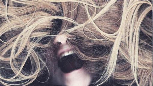 性侵 頭髮 女生https://www.flickr.com/photos/mrsmorningsun/8230699120/