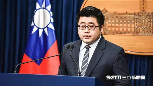 總統府發言人林鶴明 圖/記者林敬旻攝