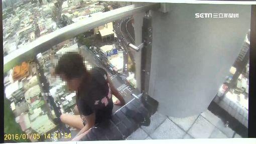 妙齡女危坐24樓邊 消防垂降緊急救援