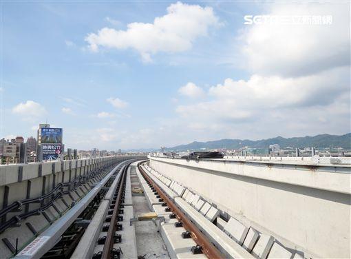 台中市捷運綠線軌道鋪設完成 電聯車暑假奔馳測試(台中市交通局)