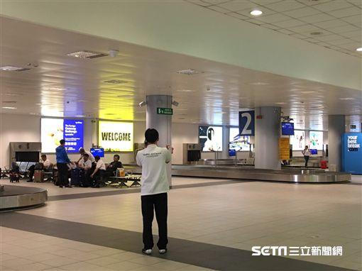 柯文哲底杜林機場 行李大延誤 盧冠妃攝