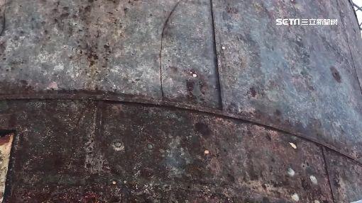 """百年首見除鏽工程 鵝鑾鼻燈塔""""全身脫皮"""""""