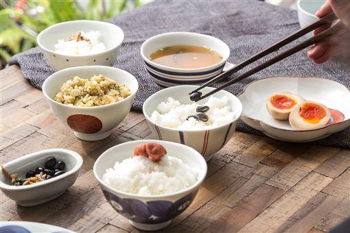 食入藝術!如何讓料理變美味?答案就是器皿與擺盤