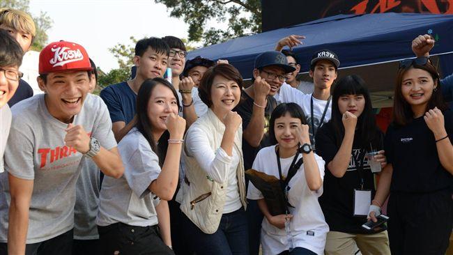 拚選台南市長 陳亭妃後援會成立