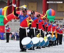 中正預校鼓號樂隊校友團,老驥伏櫪、重返榮耀。(記者邱榮吉/攝影)
