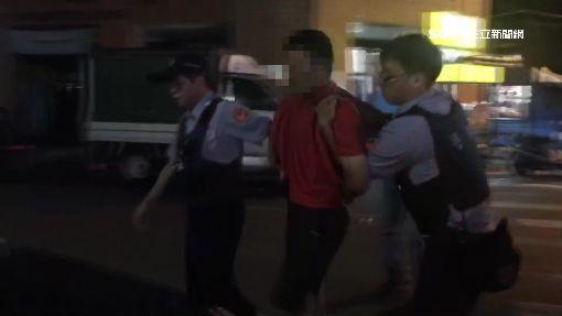 身體不適求救叫救護車 毒犯突失控當眾毆人