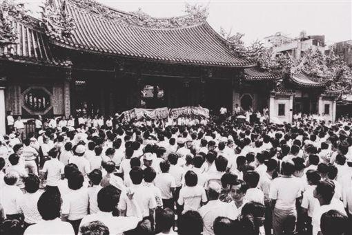 1980年代,要求解除戒嚴的519綠色行動(圖/翻攝自蔡英文臉書)