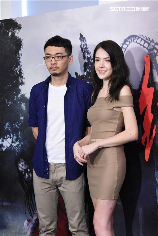 恐怖電影紅衣小女孩2正式預告發佈,導演程偉豪.女主角許瑋甯聯袂出席宣傳造勢